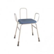 Astral 軟墊椅 (框架椅背)